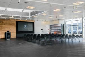 Kundenzentrum Daimler AG, Südflügel mit Bestuhlung